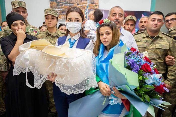 """""""YAŞAT"""" daha 3 şəhidin övladına hesab açır -    FOTO"""