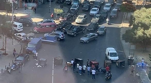 احتجاجات وقطع طرقات في مناطق مختلفة فيلبنان