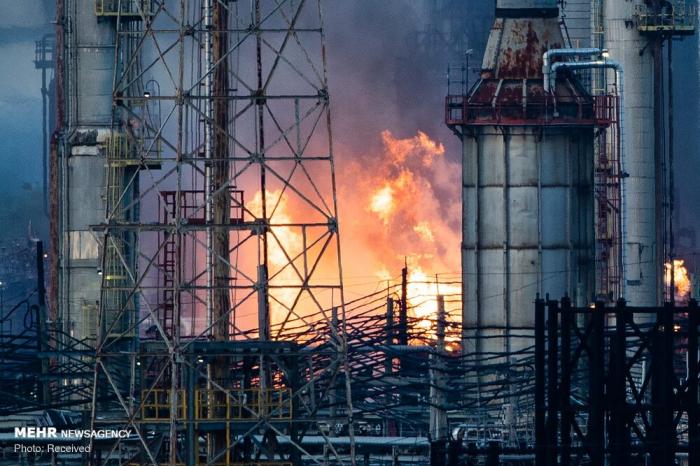 İranda neft emalı zavodu yandı -  VİDEO