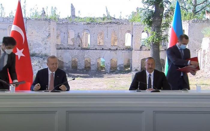 Azərbaycan və Türkiyə arasında Şuşa Bəyannaməsi imzalanıb