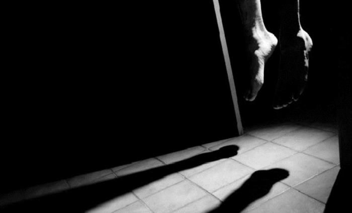 """Sovqat qarının son """"sovqatı"""":  93 yaşlı qadın niyə intihar edib?"""