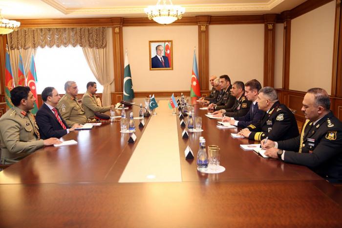 Pakistanla hərbi əməkdaşlığımız müzakirə olunub