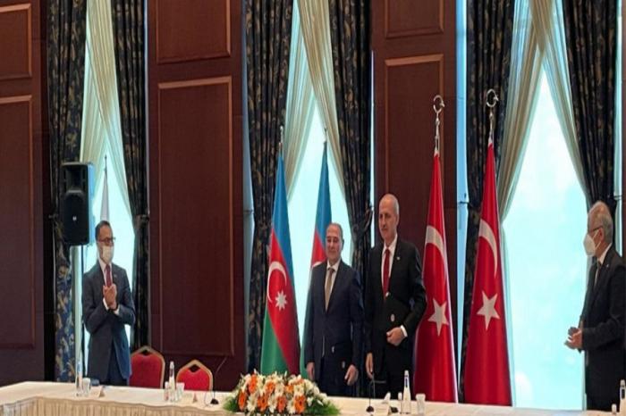 YAP və AKP əməkdaşlığa dair niyyət protokolu imzaladı