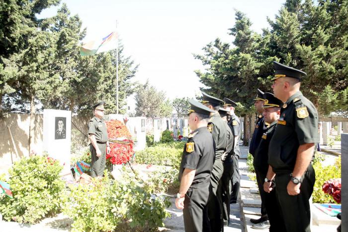 Mübariz İbrahimovun məzarı ziyarət edildi