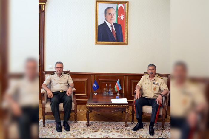 Zakir Həsənov NATO-nun Qərargah rəisi ilə görüşüb
