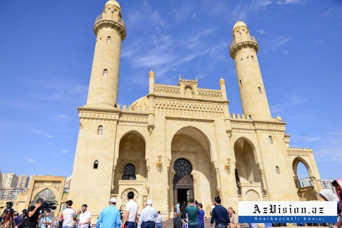 المساجد يتم الافتتاح اليوم في اذربيجان