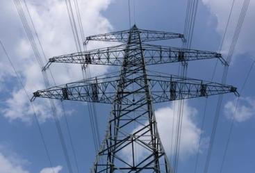 Azerbaiyán aumenta la producción de electricidad en mayo