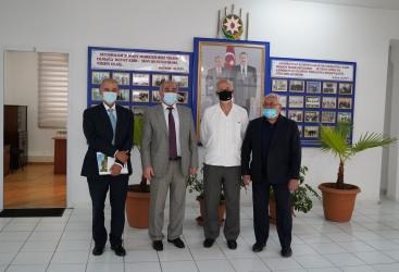 El Embajador de México en Azerbaiyán visita el Centro Republicano de Servicio Sismológico