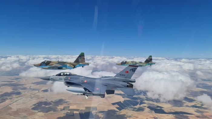 """""""Anadolu Qartalı-2021"""" beynəlxalq taktiki-uçuş təlimi davam edir"""