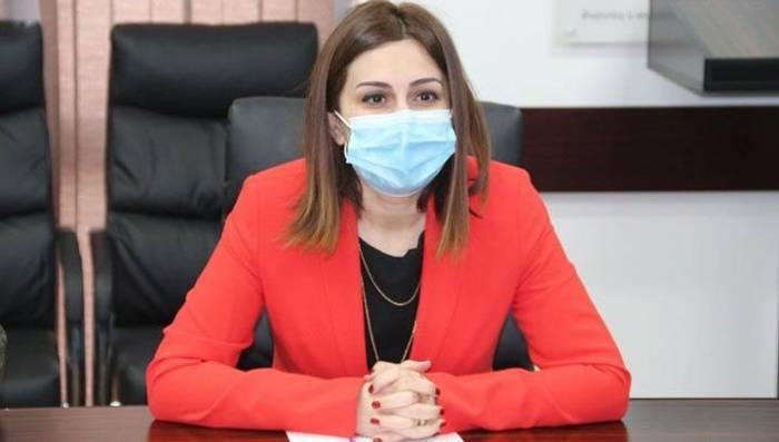 Matəmin qırmızı rəngi:  Səhiyyə naziri geyimi ilə erməniləri ələ saldı -  VİDEO