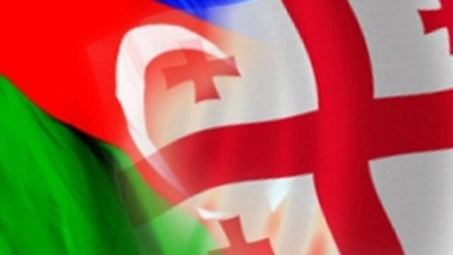 التقاء بين القنصل العام الأذربيجاني ورئيس المجلس الأعلى لجمهورية أجاريا الجورجية