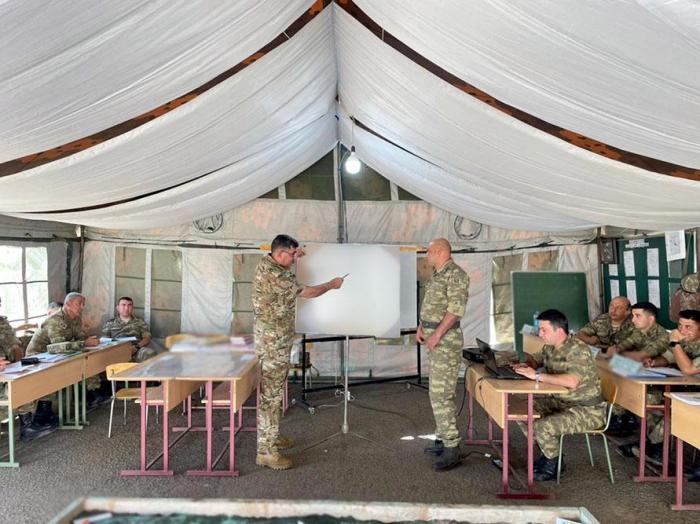 تدريب قيادة اللواء والأركان في الجيش الأذربيجاني -   صور