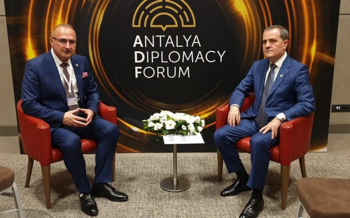 """جيهون بيراموف: """"من المهم توقيع اتفاق سلام مع أرمينيا"""""""