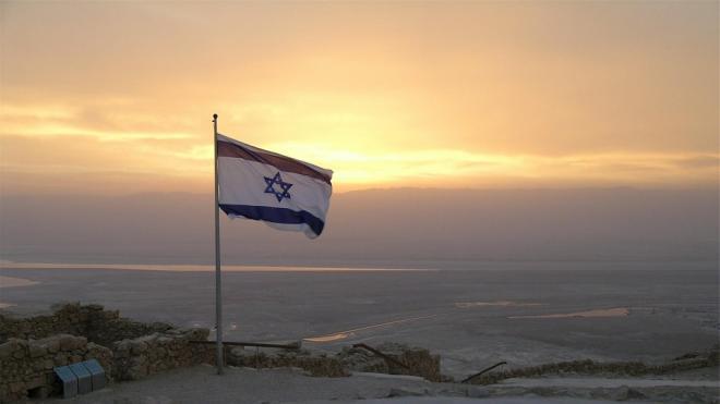 İsrail peyvənd olunmuş turistlər üçün sərhədlərini açır