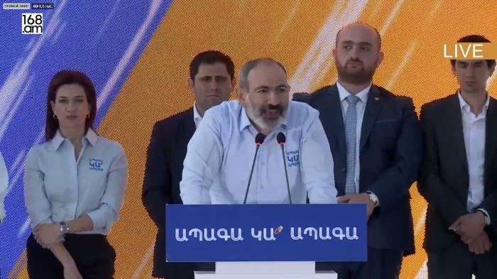 """Paşinyandan Koçaryana ağır cavab:   """"Sən kişi deyilsən"""" -  VİDEO"""