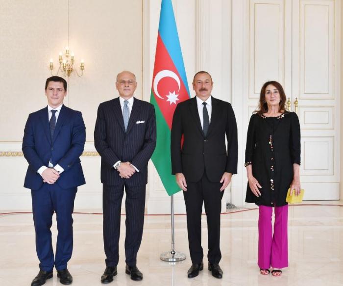 """الرئيس:  """"الشعب الأذربيجاني يعرف أن إيطاليا بلد صديق"""""""