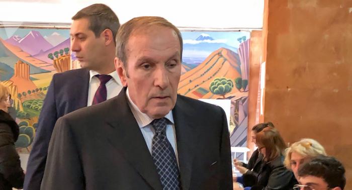 Ter-Petrosyan Paşinyanla debatdan imtina etdi