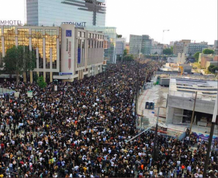 قتل مرتكب من قبل الأرمن تسبب في احتجاجات حاشدة في فرنسا -   صورة