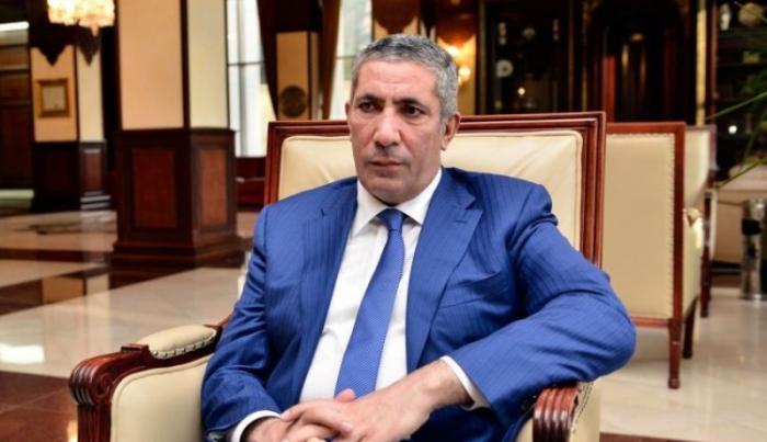 """""""Özü ailə qurmayan adam gəlib vətəndaşa ağıl verir""""-    Siyavuş Novruzov"""