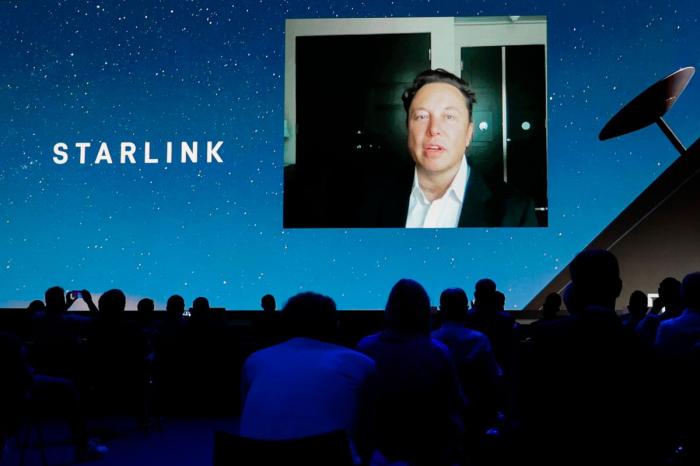 """""""Kosmik internet"""" ayda $100-a olacaq:    İlon Mask detalları açıqladı"""