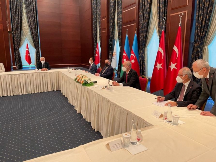 Ruling parties of Azerbaijan, Turkey sign letter of intent