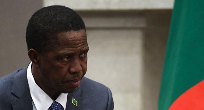 Zambiya prezidenti hərbi paradda huşunu itirdi