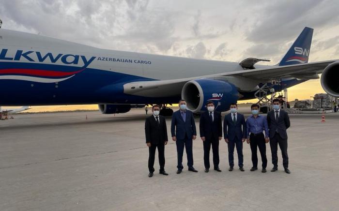 Azərbaycan Qırğızıstana 40 min doza peyvənd göndərdi