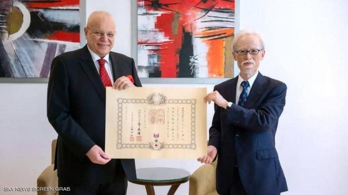 مصري يحصل على أعلى وسام من إمبراطور اليابان