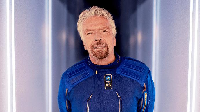 """Kosmosa uçan milyarder:  """"Uşaqlığımdan bu anı xəyal edirdim"""""""