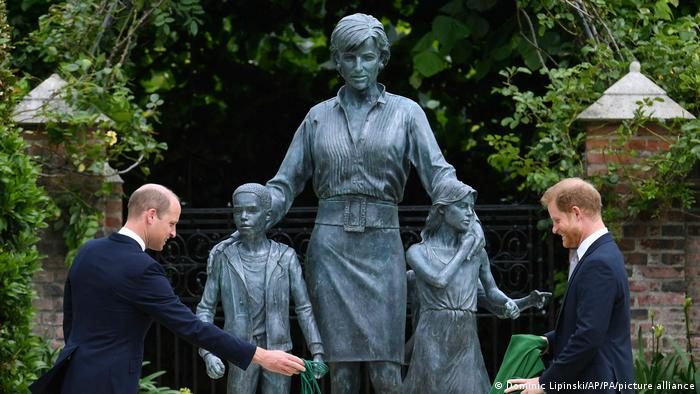 Statue of Princess Diana unveiled at Kensington Palace by sons on 60th birthday