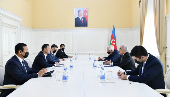 Azerbaijan, Kyrgyzstan discuss prospects for expanding co-op