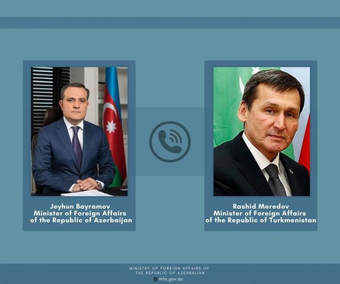 Azerbaijani, Turkmen FMs discuss bilateral relations