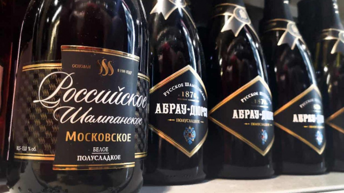 France slams Russia for champagne label law