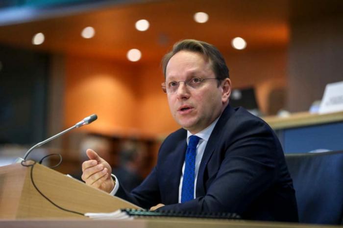 EU Commissioner for Neighbourhood and Enlargement arrives in Azerbaijan