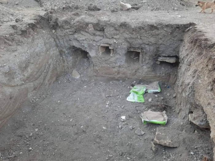 Qubada məktəb tikintisi zamanı qədim qəbirlər aşkarlanıb-    FOTOLAR