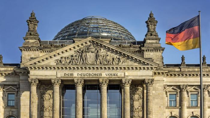 Bundestagsabgeordnete erzielten laut Studie 53 Millionen Euro Nebeneinkünfte