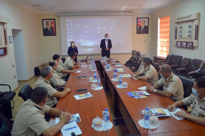 Azerbaijani MoD and ICRC hold seminars on international humanitarian law for servicemen