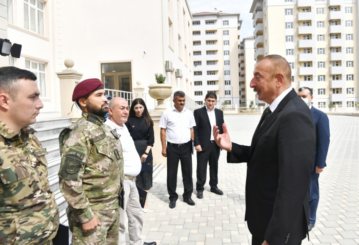 President Aliyev attended ceremony to give out apartments and cars to families of martyrs and war disabled -  PHOTOS|UPDATED