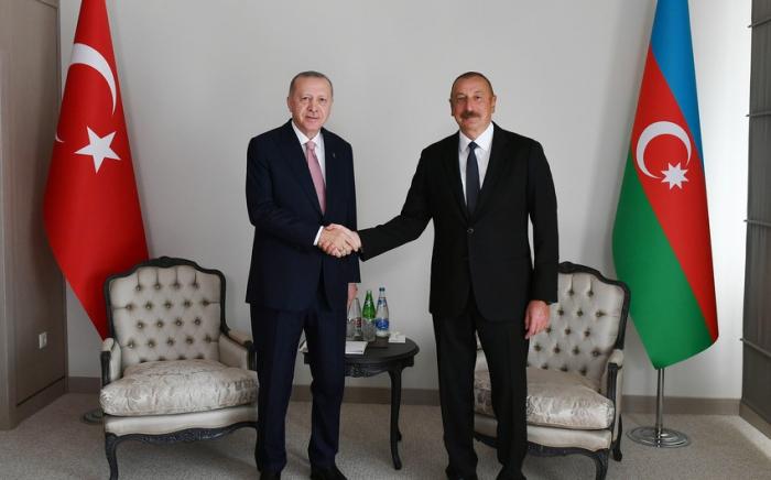 Präsident Aliyev schickt Brief an Erdogan