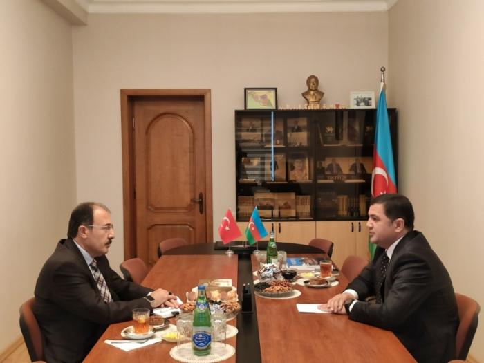 مندوب نخجوان في باكو يستقبل السفير التركي في أذربيجان -   صور