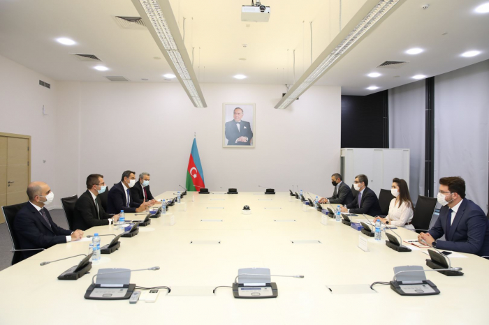 Azerbaijan, Turkey attach particular importance to expanding trade and economic co-op