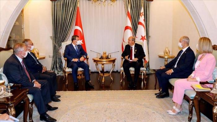 Delegation des aserbaidschanischen Parlaments besucht zum ersten Mal das türkische Zypern