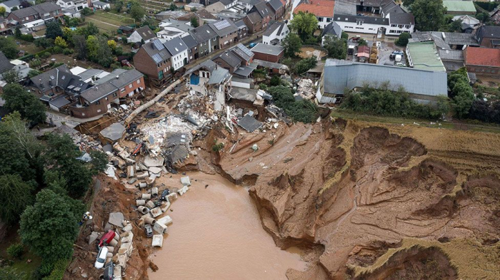 Flood death toll climbs to 165 in Germany