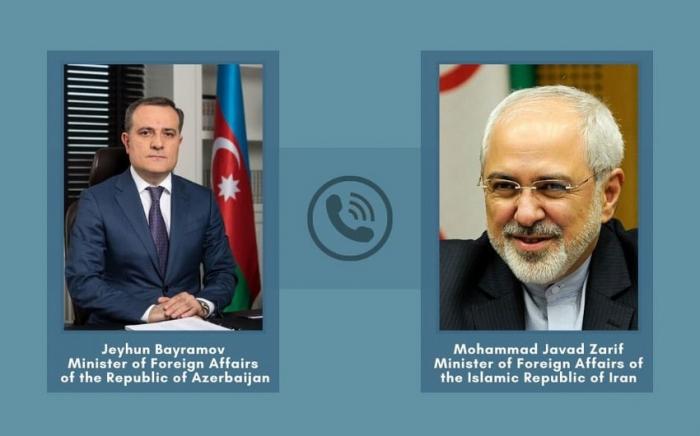 Dscheyhun Bayramov führt Telefongespräch mit seinem iranischen Amtskollegen