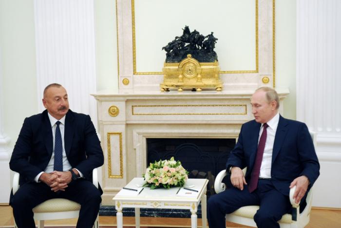 Comienzala reunión entre los presidentes de Azerbaiyán y Rusia