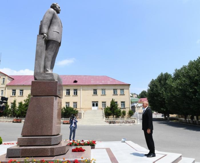 إلهام علييف يزور مقاطعة داشكسن -  صورة