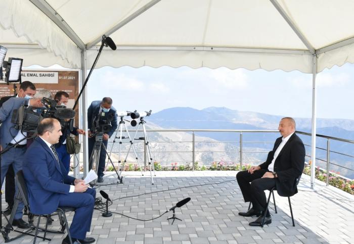 """Ilham Aliyev:   """"La ciudad de Naftalan se convertirá en uno de los centros turísticos"""""""