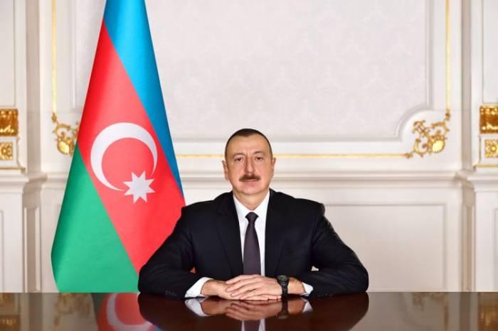 Presidente Ilham Aliyev ofrece sus condolencias a Xi Jinping