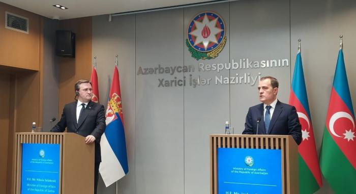 Canciller azerbaiyano:   La posición no constructiva de Armenia obstaculiza la plena implementación de las declaraciones