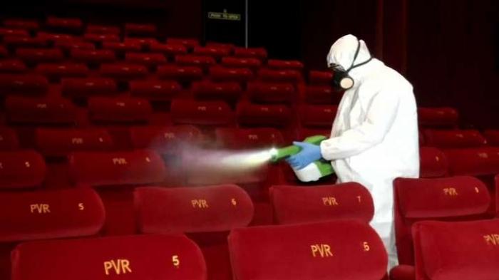 Aserbaidschan diskutiert über die Wiedereröffnung von Theatern und Kinos